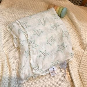 New aden + anais swaddle blanket!!